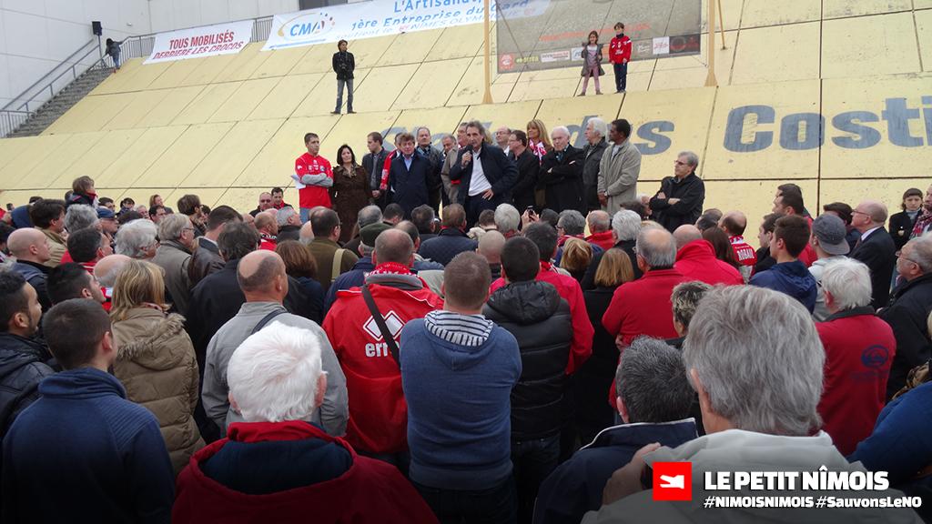 Mobilisation des élus et des supporters du Nîmes Olympique